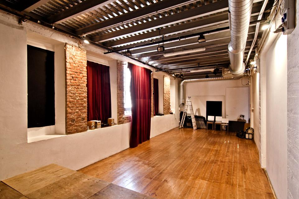 Elf Associazione Culturale - Lo spazio: Sala teatro
