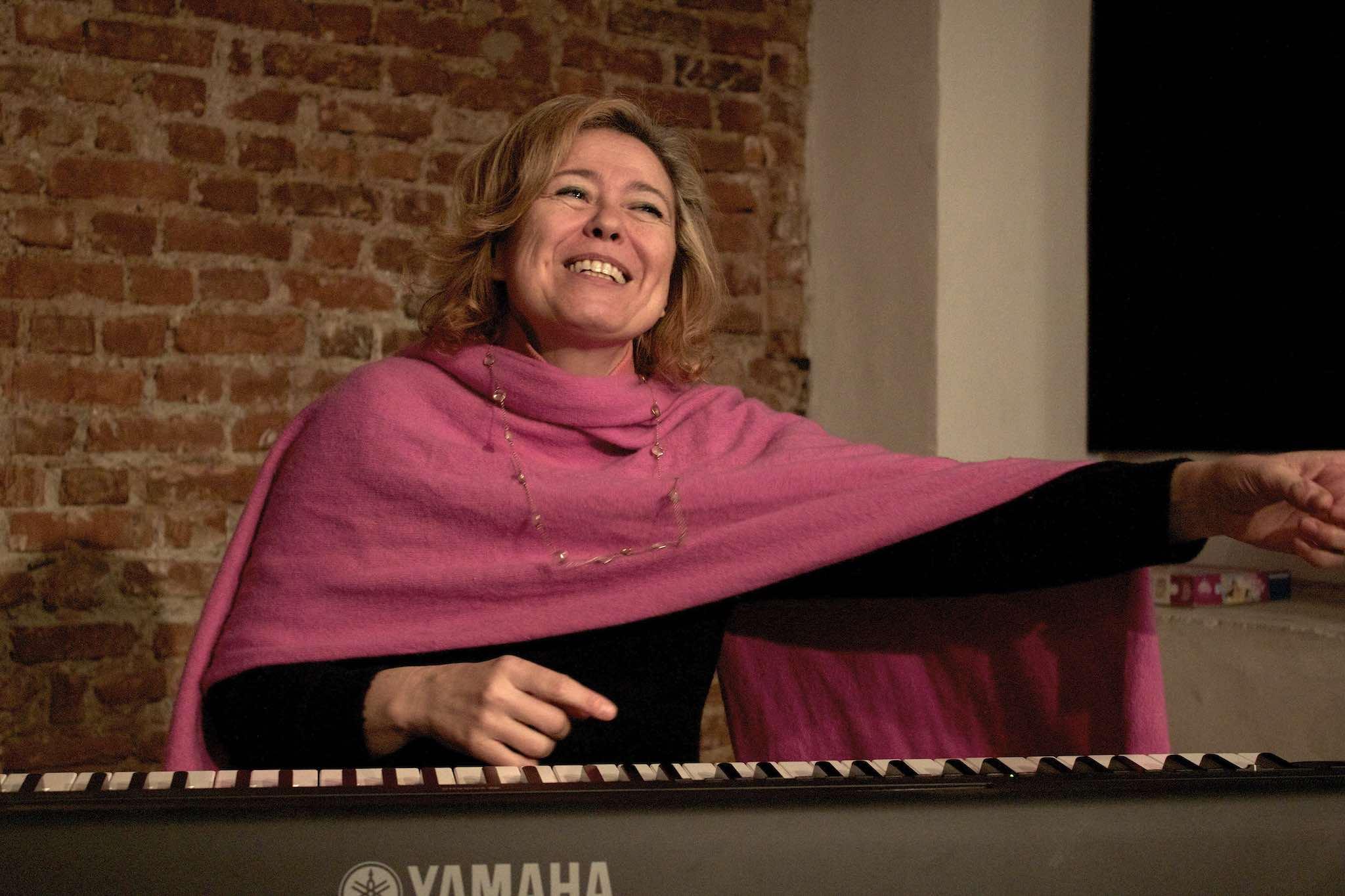 ELF Teatro Scuola | Carola Caruso | insegnante Canto e Voce